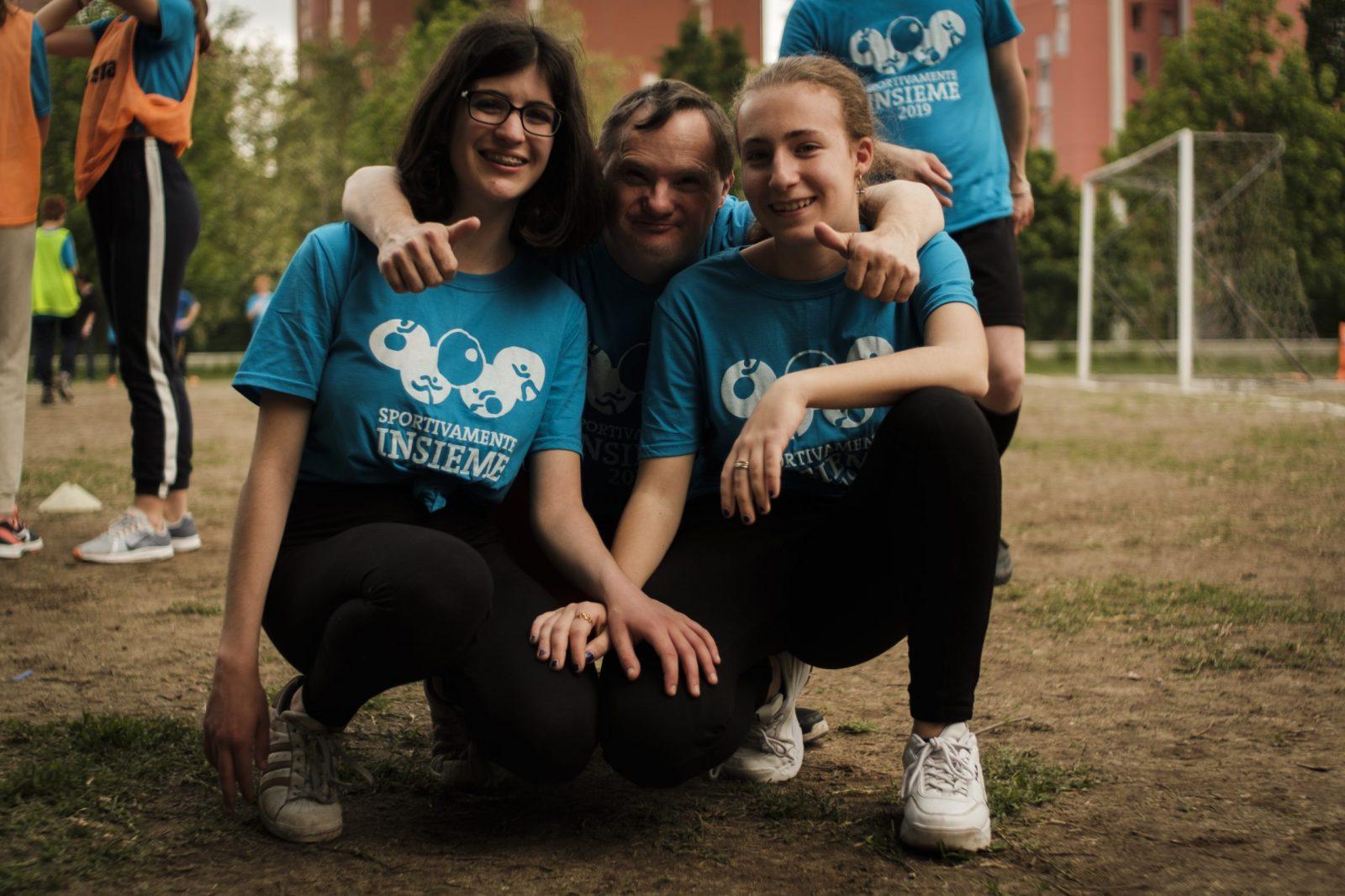 Sportivamenteinsieme: sfide tra squadre miste composte da ragazzi normodotati e con disabilità.
